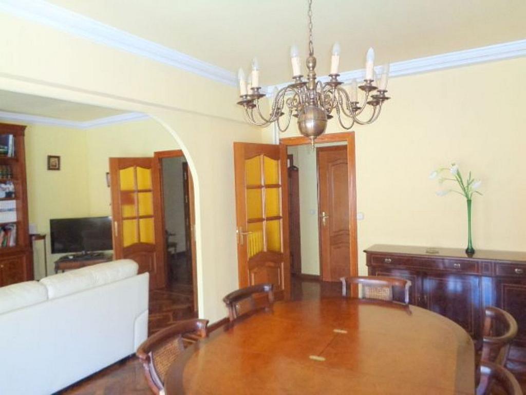 Piso en alquiler en calle Del Capitán Haya, Tetuán en Madrid - 325843216
