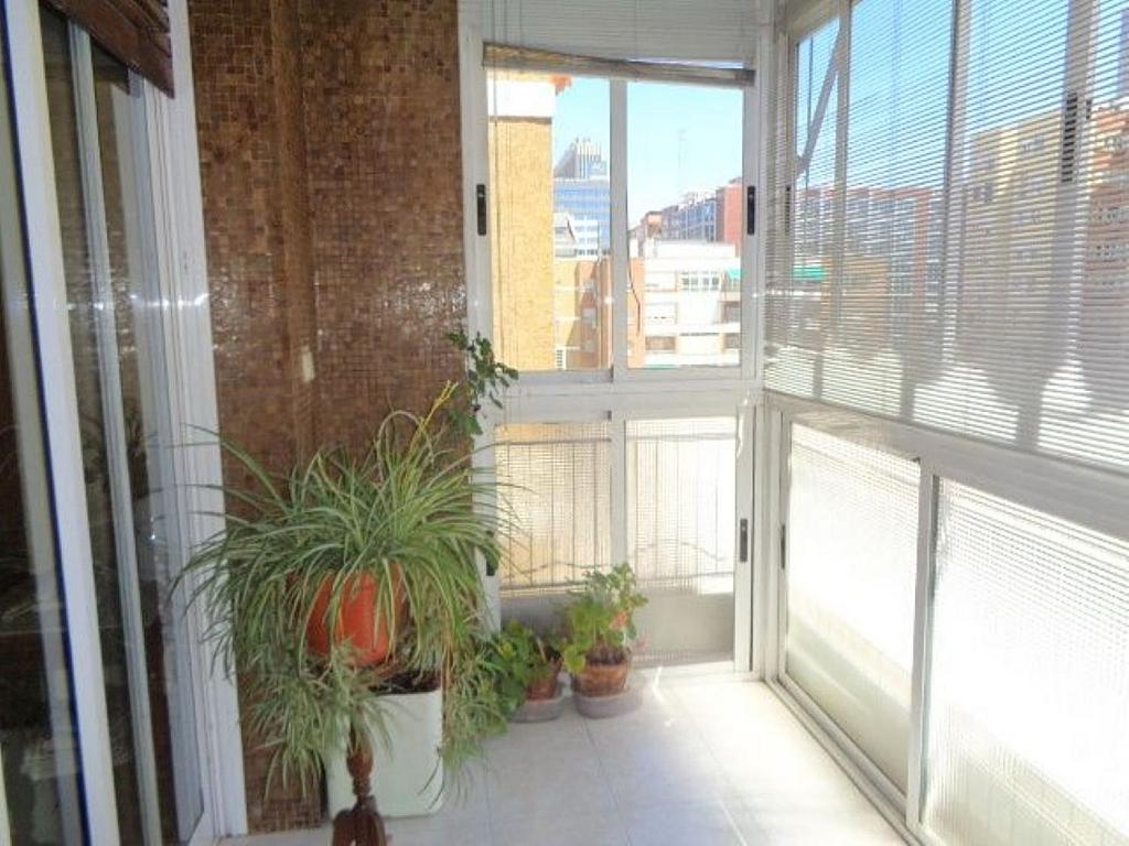 Piso en alquiler en calle Del Capitán Haya, Tetuán en Madrid - 325843222