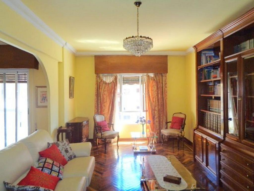 Piso en alquiler en calle Del Capitán Haya, Tetuán en Madrid - 325843243