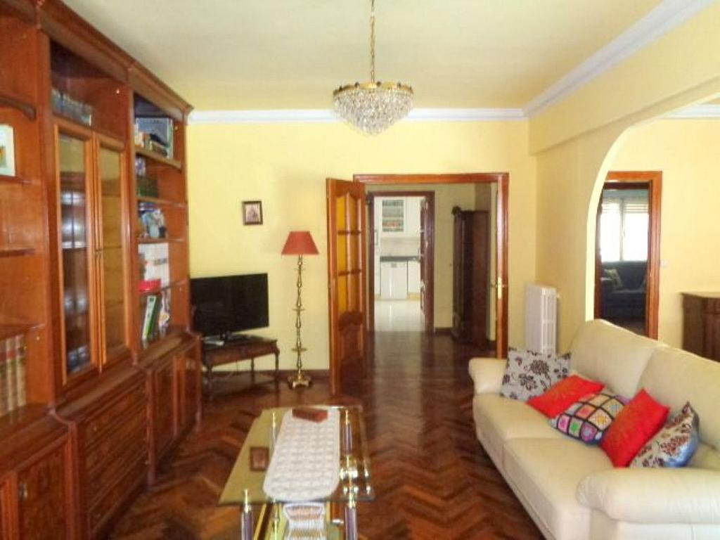 Piso en alquiler en calle Del Capitán Haya, Tetuán en Madrid - 325843258