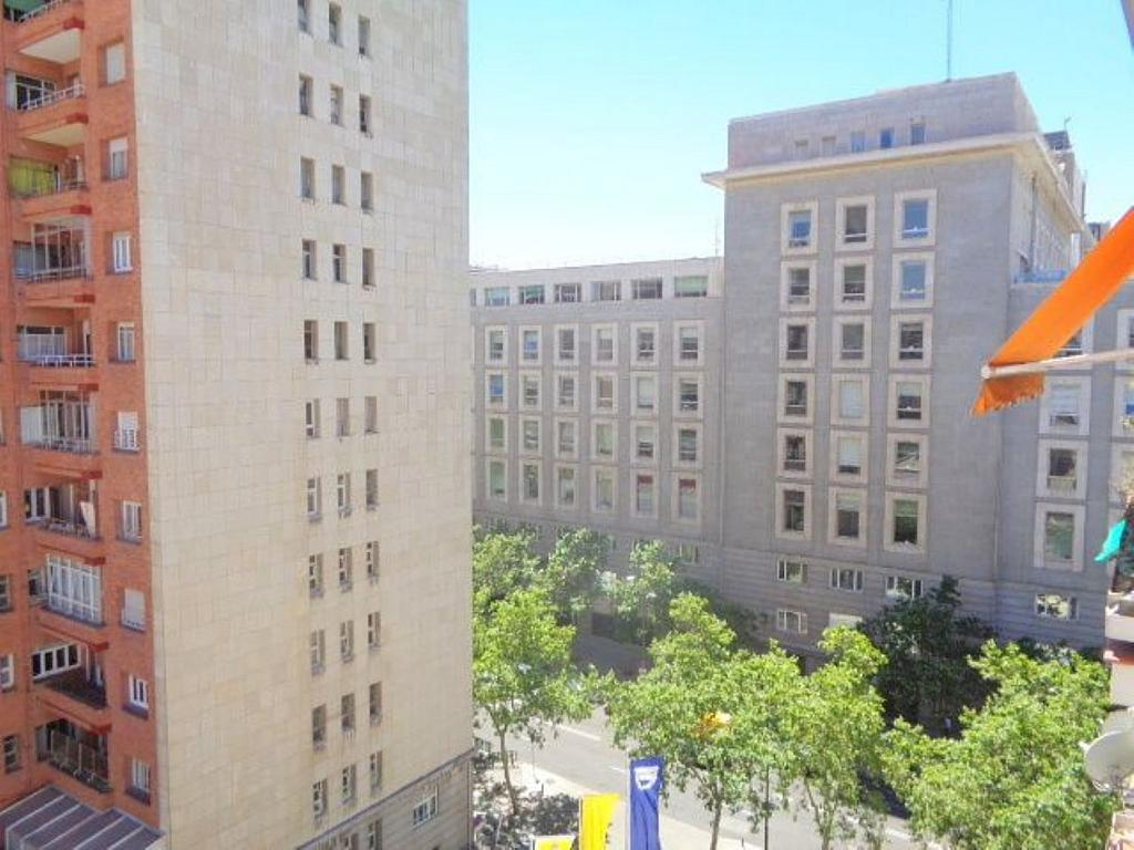 Piso en alquiler en calle Del Capitán Haya, Tetuán en Madrid - 325843264