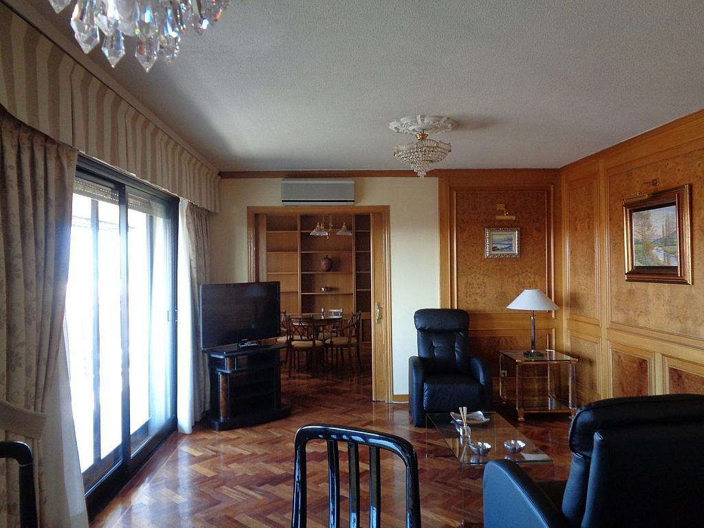 Piso en alquiler en calle Julio Palacios, Fuencarral-el pardo en Madrid - 352778176