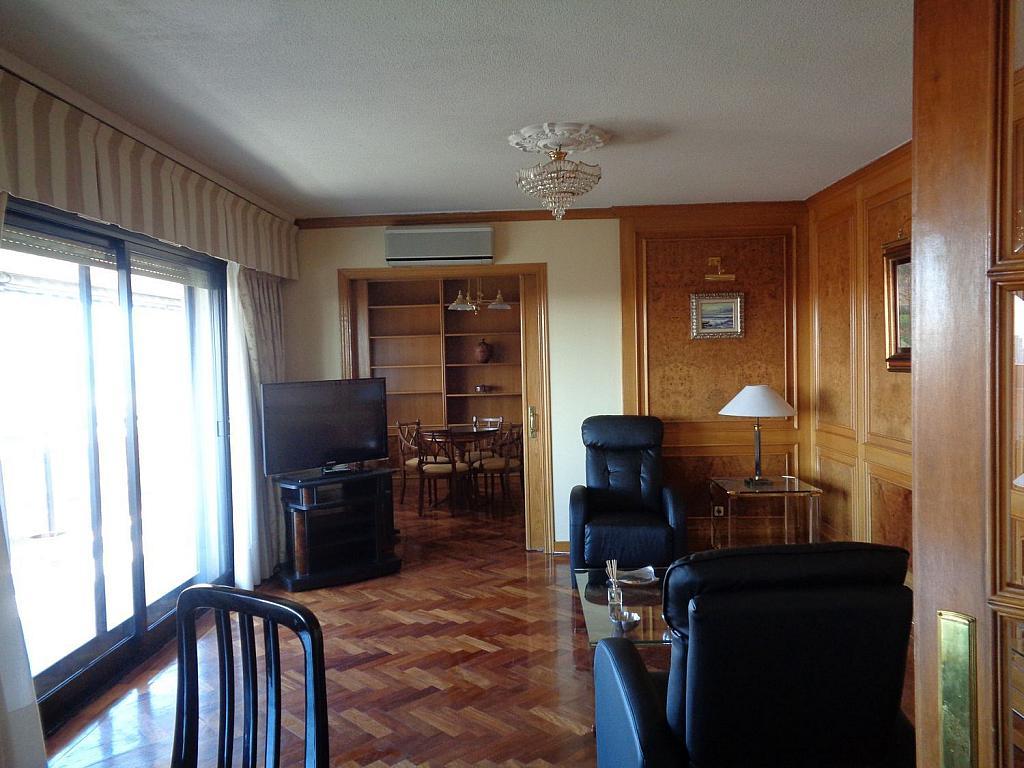 Piso en alquiler en calle Julio Palacios, Fuencarral-el pardo en Madrid - 352778185
