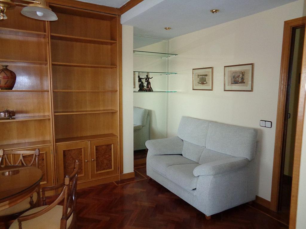 Piso en alquiler en calle Julio Palacios, Fuencarral-el pardo en Madrid - 352778209