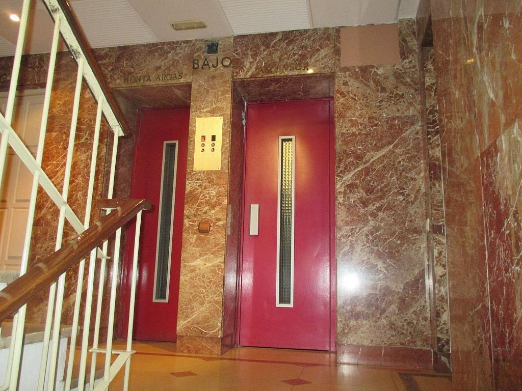 Oficina en alquiler en calle De Isaac Peral, Chamberí en Madrid - 358658026