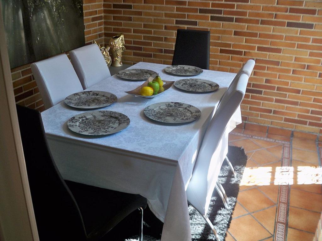 Casa en alquiler en calle Luis de la Mata, Palomas en Madrid - 358739023