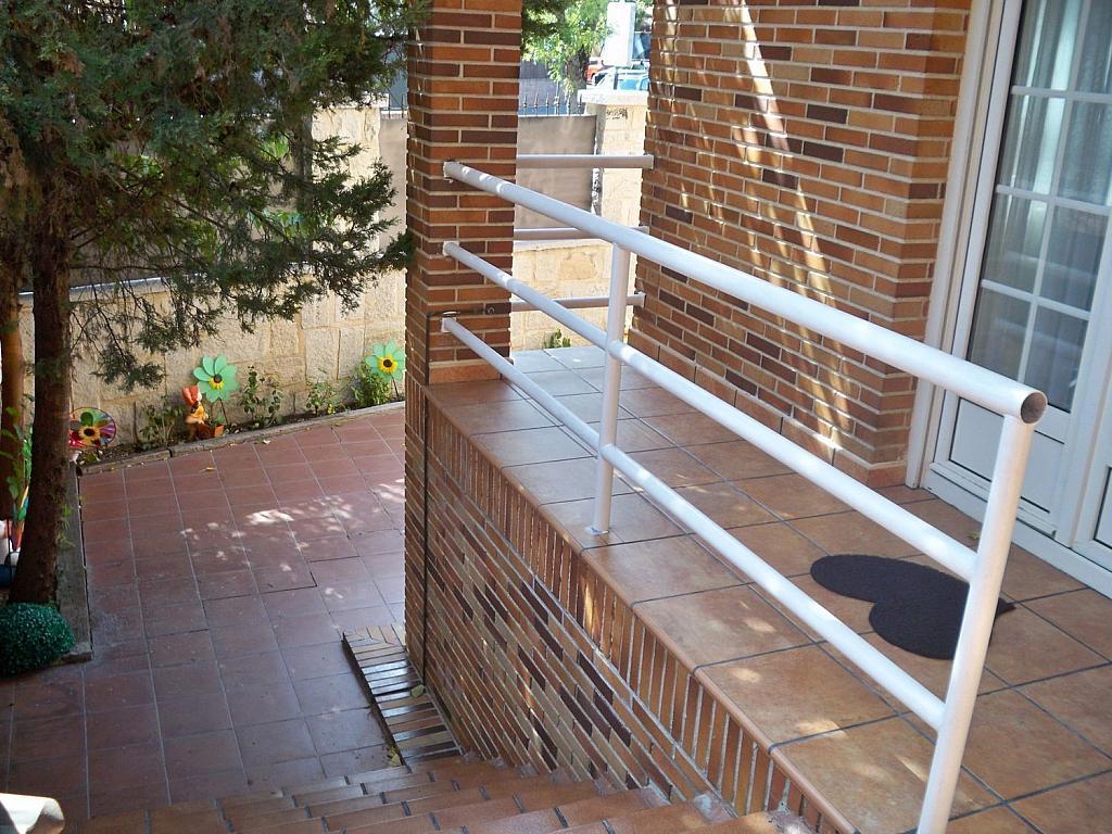 Casa en alquiler en calle Luis de la Mata, Palomas en Madrid - 358739035