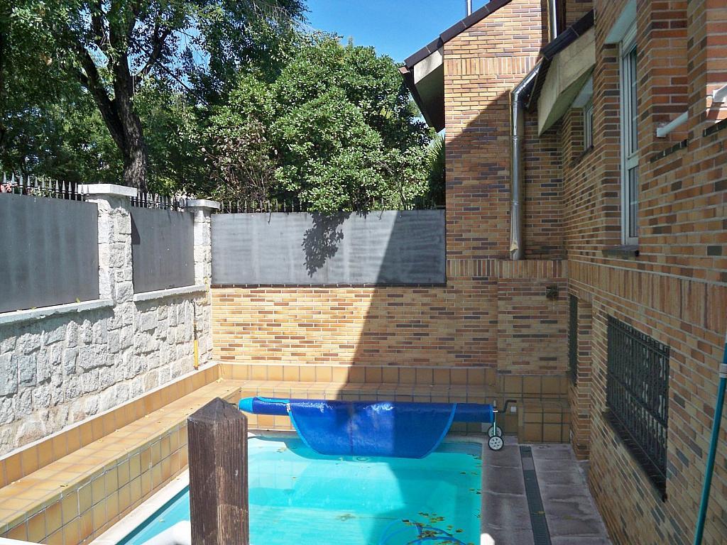 Casa en alquiler en calle Luis de la Mata, Palomas en Madrid - 358739044