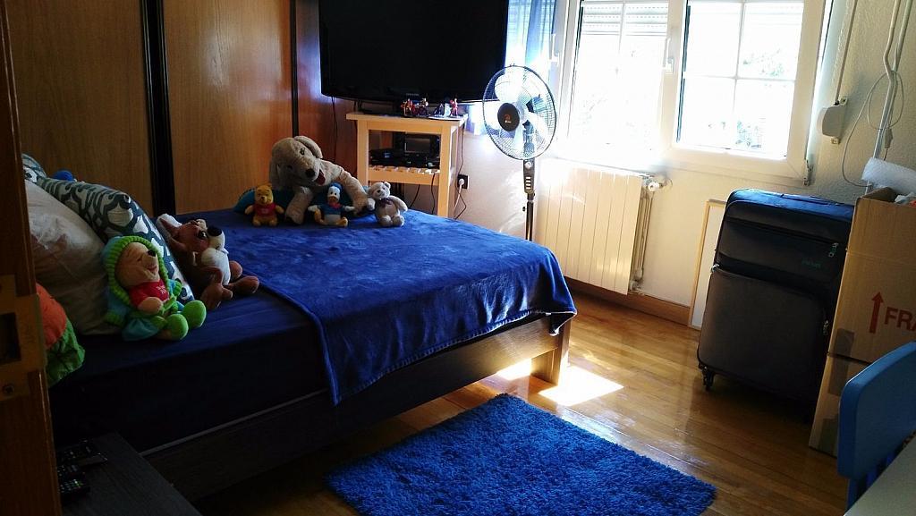 Casa en alquiler en calle Luis de la Mata, Palomas en Madrid - 358739065