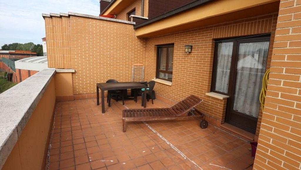Ático en alquiler en calle Teodoro Cuesta, Ciudad Naranco en Oviedo - 326266893