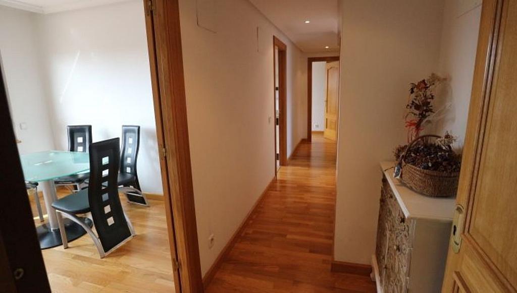 Ático en alquiler en calle Teodoro Cuesta, Ciudad Naranco en Oviedo - 326266923