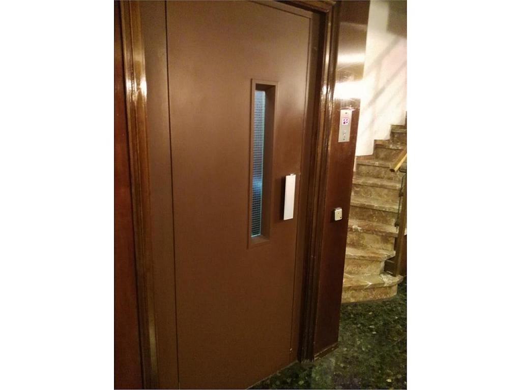 Oficina en alquiler en calle Rocafort, Sant Antoni en Barcelona - 325301471