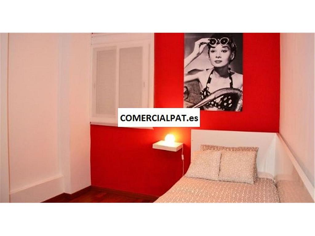 Piso en alquiler en calle De la Diputació, Eixample dreta en Barcelona - 325303562