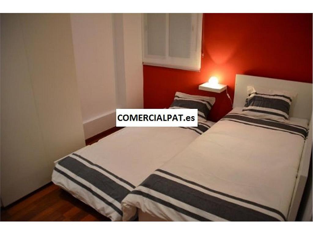 Piso en alquiler en calle De la Diputació, Eixample dreta en Barcelona - 325303577