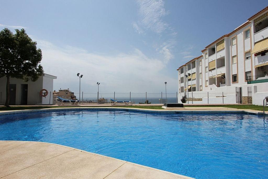 Piso en alquiler en  Torremuelle en Benalmádena - 326672945