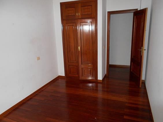 Apartamento en alquiler en calle Rosalía de Castro, Ames - 343333486