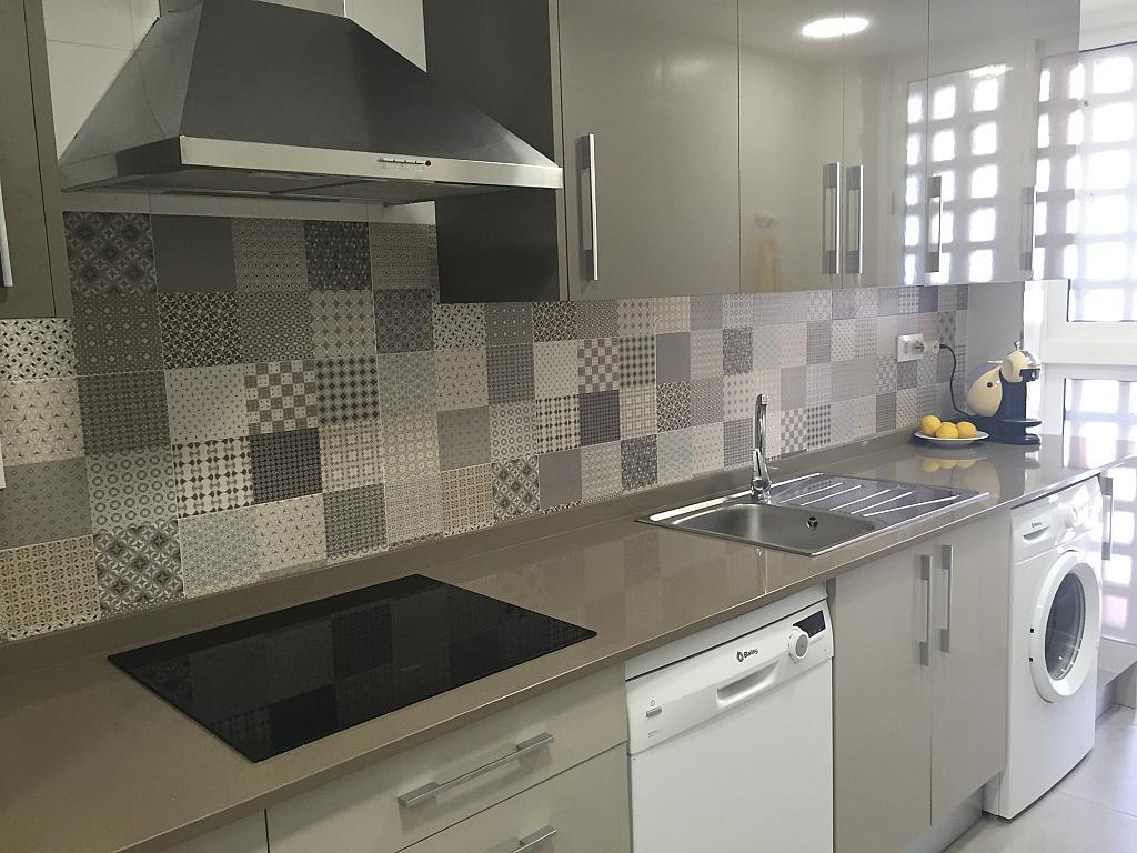 Apartamento en alquiler de temporada en calle Montroig de Cambrils Port, Regueral en Cambrils - 293621483