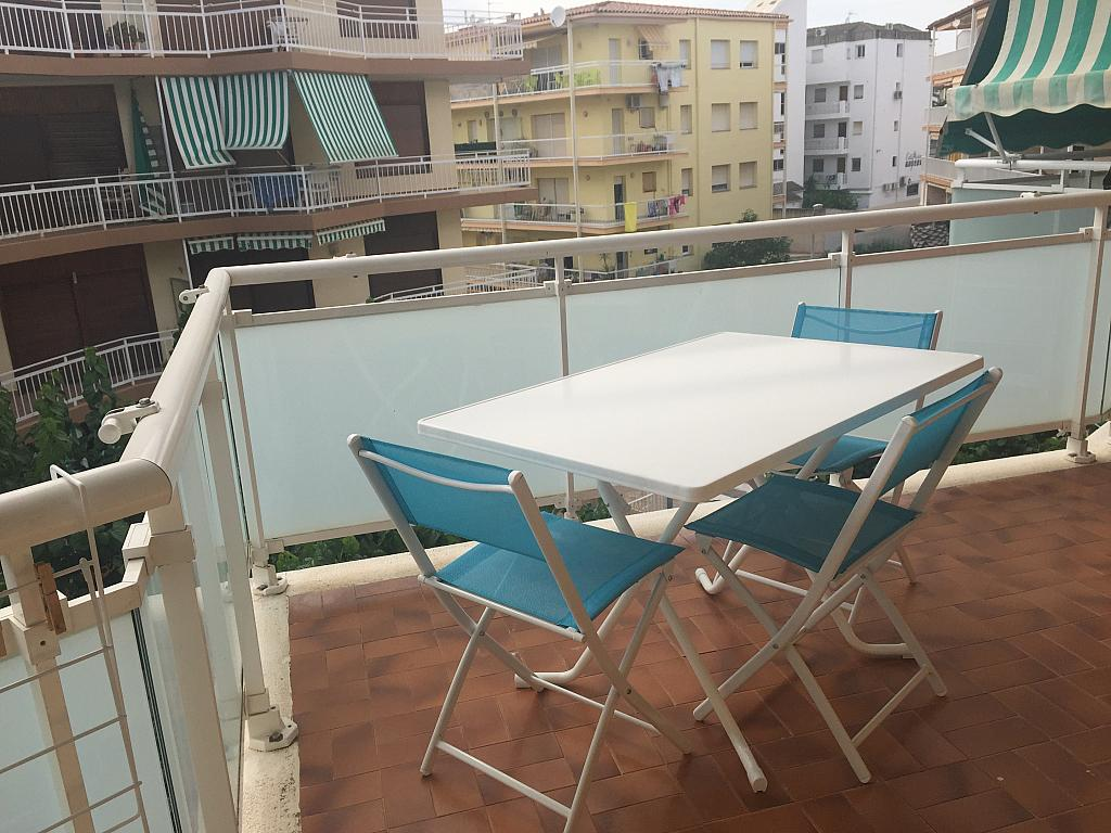 Apartamento en alquiler de temporada en calle Montroig de Cambrils Port, Regueral en Cambrils - 296248602