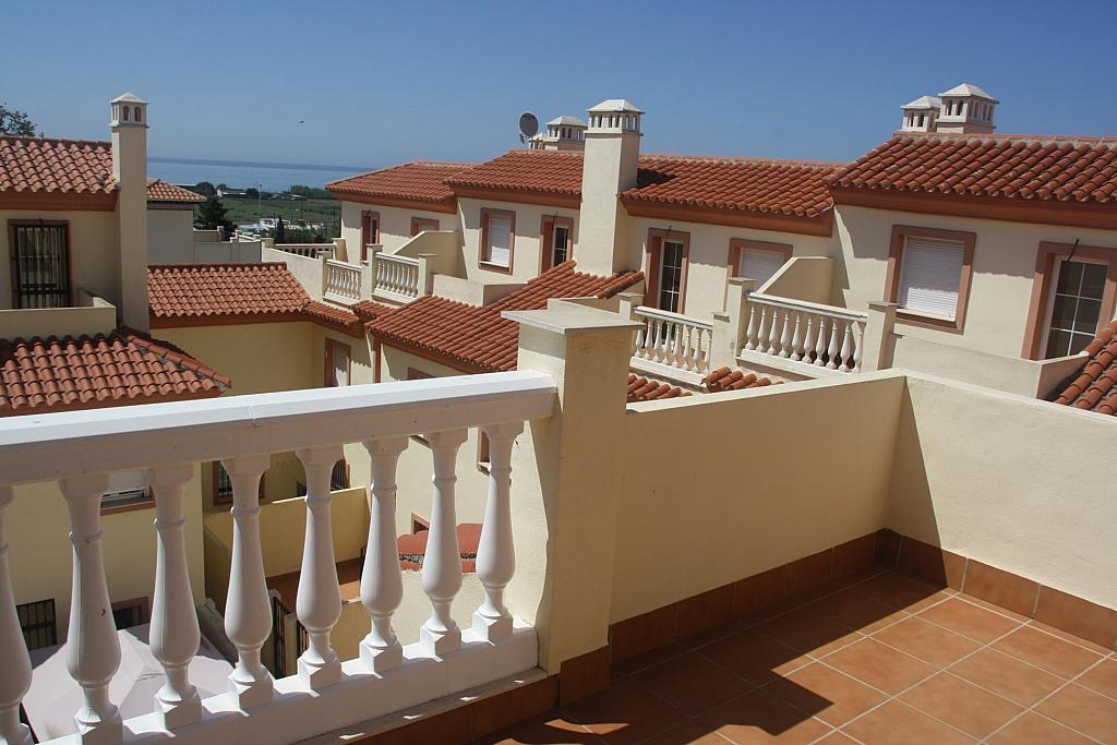 Casa adosada en alquiler en calle Los Pinos, Almayate Alto - 290664273