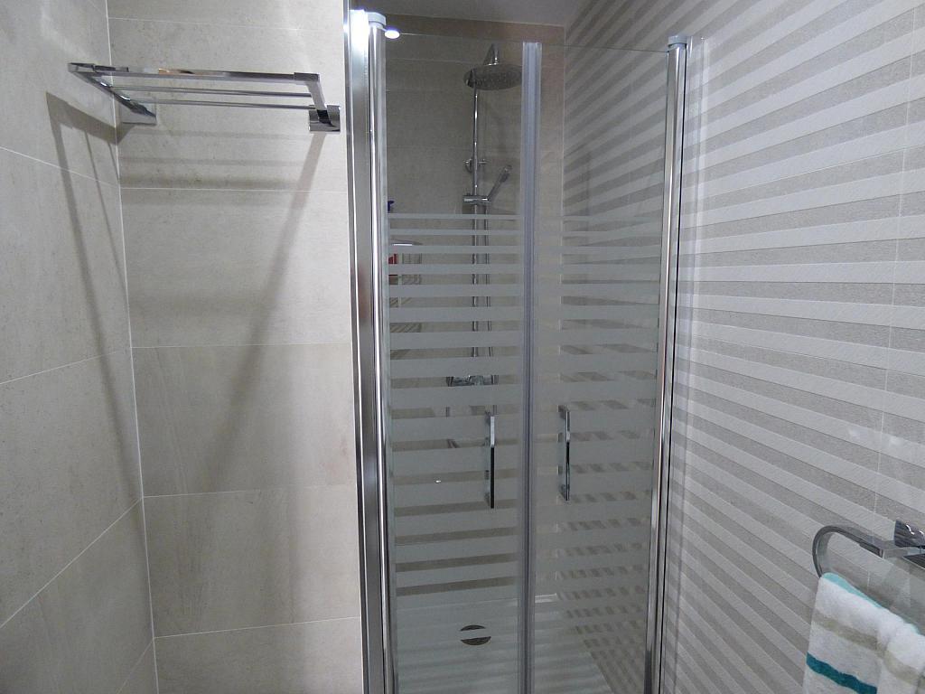 Baño - Piso en alquiler en calle Toré Toré, Torre del mar - 303865787