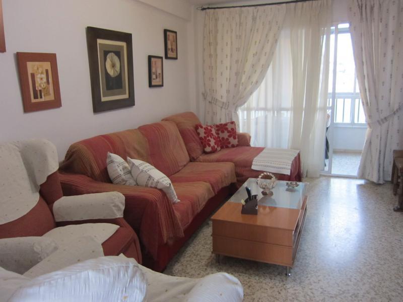 Salón - Piso en alquiler en calle Infante, Torre del mar - 116386249