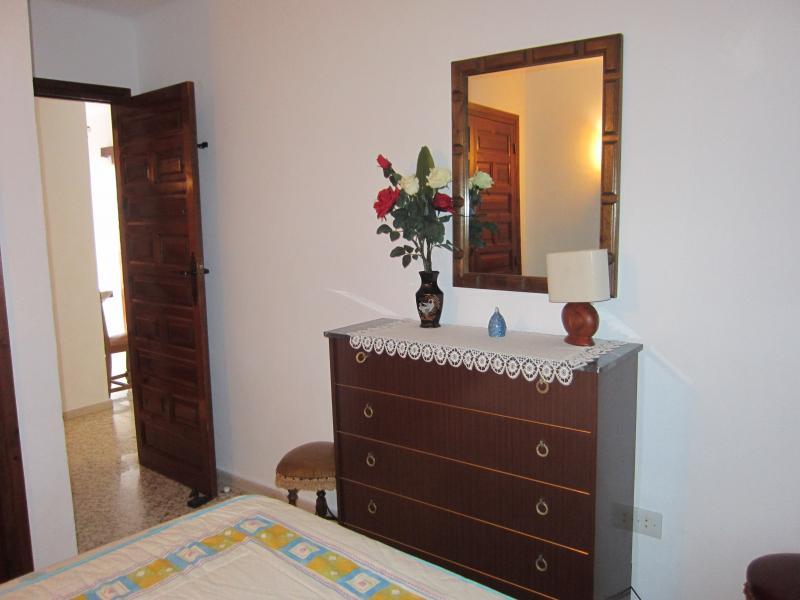 Dormitorio - Piso en alquiler en calle Infante, Torre del mar - 116386641