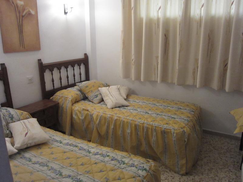 Dormitorio - Piso en alquiler en calle Infante, Torre del mar - 116386678