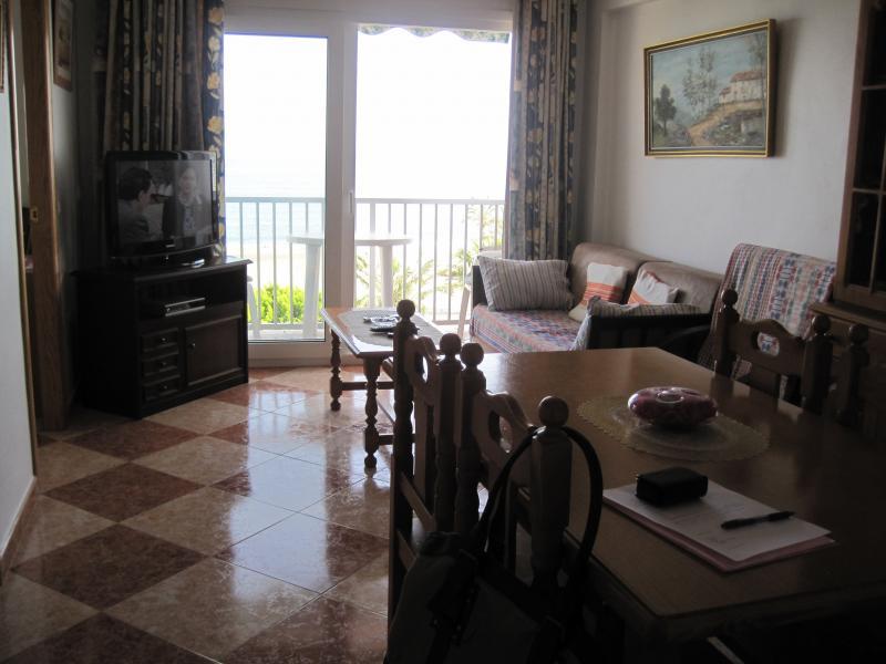 Salón - Piso en alquiler en calle Edf Antillas, Torre del mar - 116491636