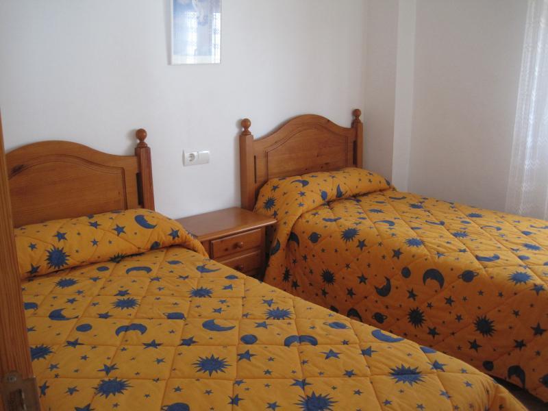 Dormitorio - Piso en alquiler en calle Edf Antillas, Torre del mar - 116491724