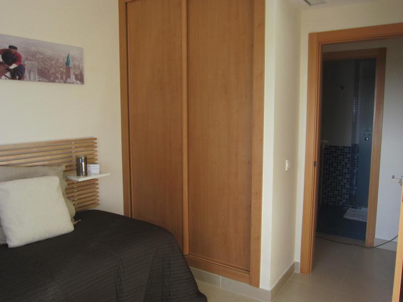 Dormitorio - Piso en alquiler en calle Mar Cantabrico, Torre del mar - 116564310