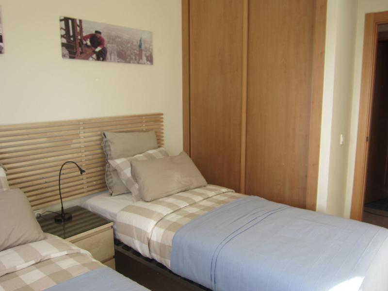 Dormitorio - Piso en alquiler en calle Mar Cantabrico, Torre del mar - 116564525