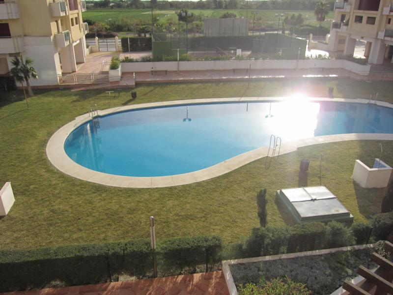 Piscina - Piso en alquiler en calle Mar Cantabrico, Torre del mar - 116564697
