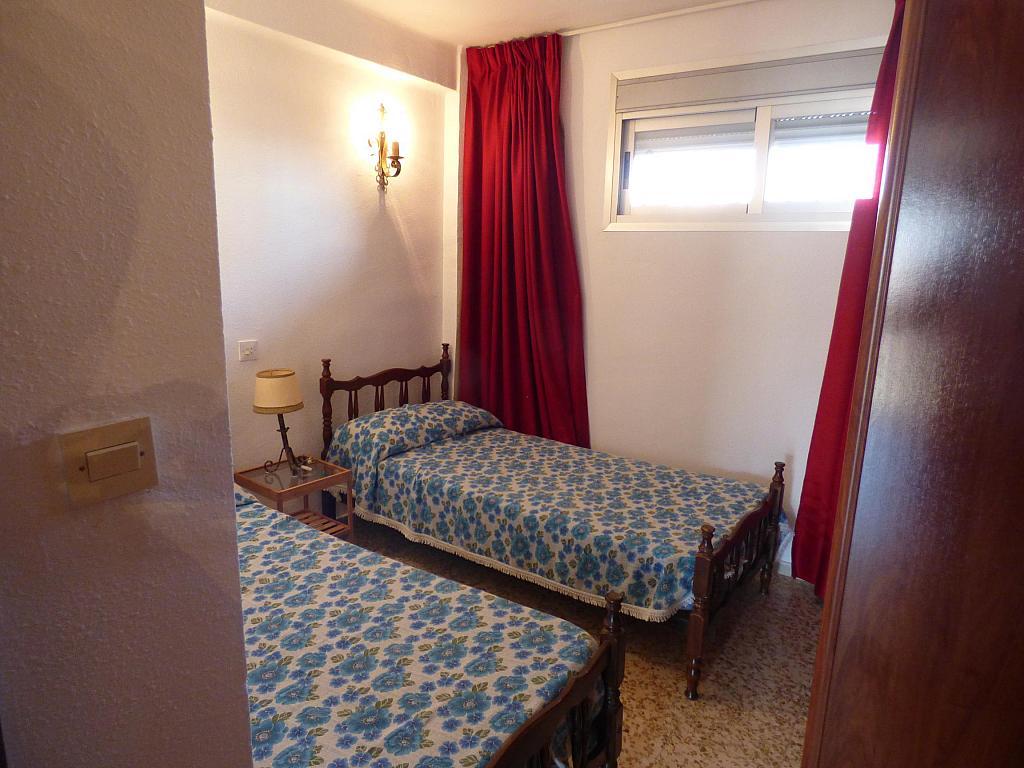 Dormitorio - Piso en alquiler en calle Infantes, Torre del mar - 172885354