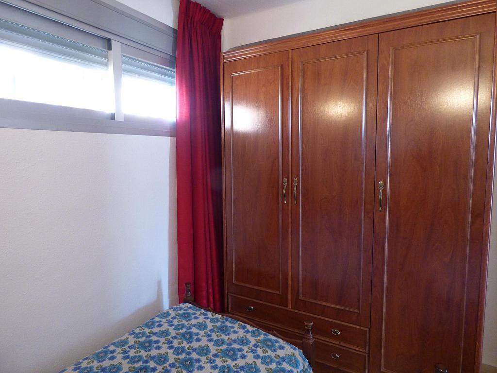 Dormitorio - Piso en alquiler en calle Infantes, Torre del mar - 172885364