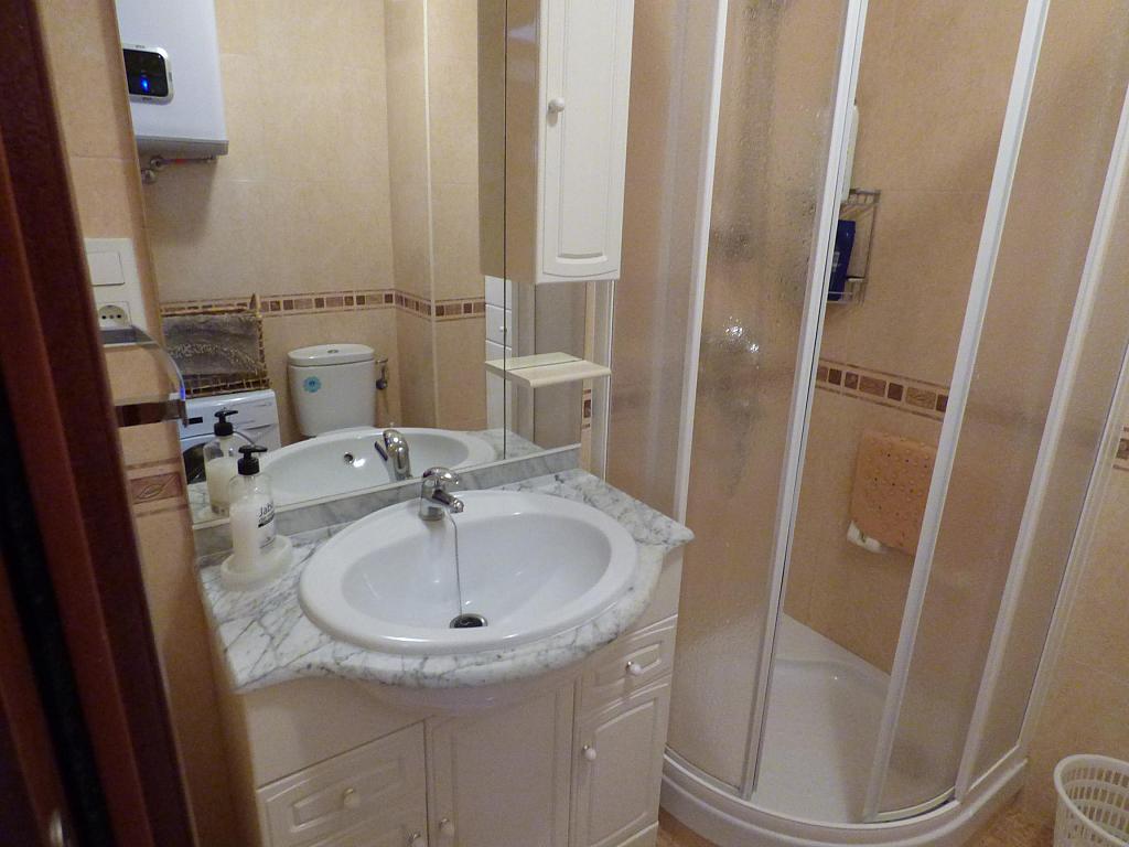 Baño - Piso en alquiler en calle Infantes, Torre del mar - 172885377
