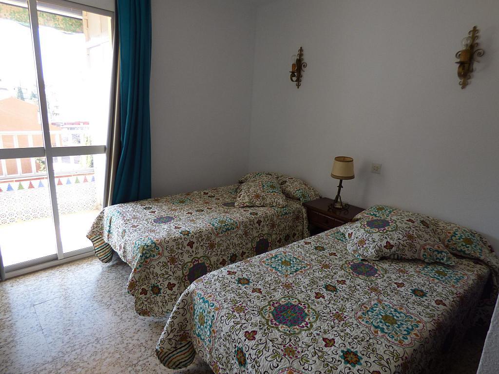 Dormitorio - Piso en alquiler en calle Infantes, Torre del mar - 172885389