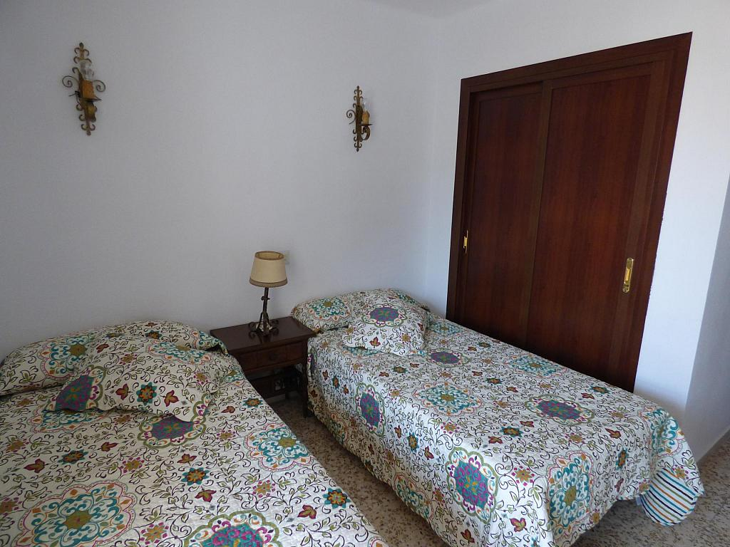 Dormitorio - Piso en alquiler en calle Infantes, Torre del mar - 172885398