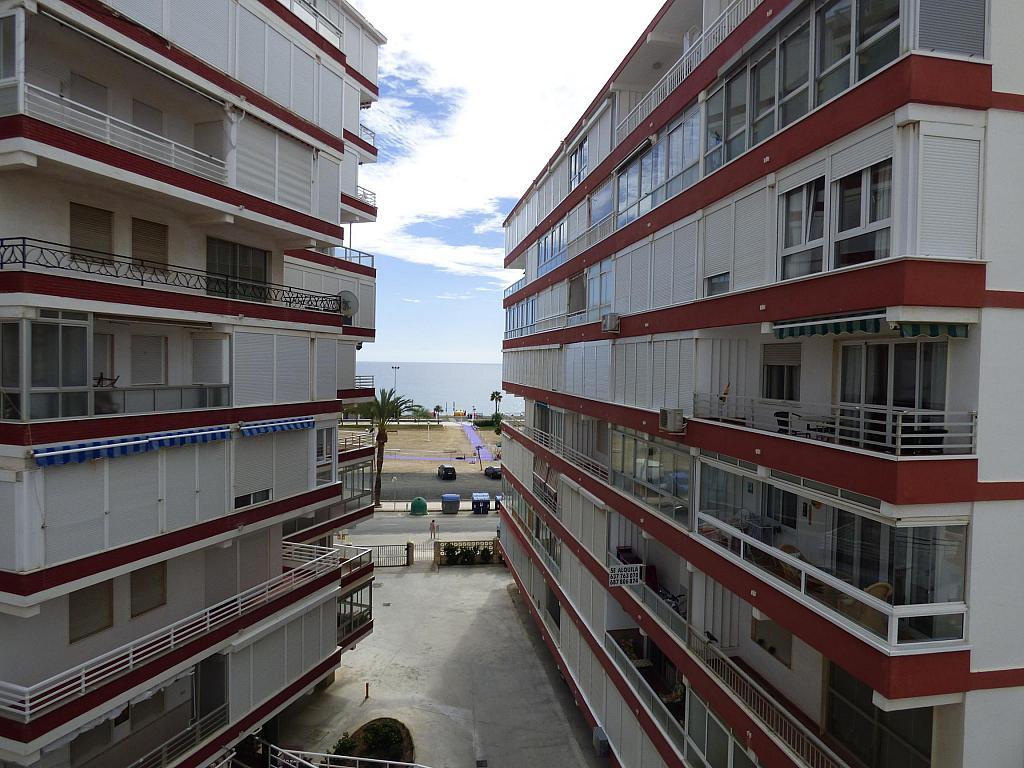 Piso en alquiler en paseo Marítimo de Poniente, Torre del mar - 217408008