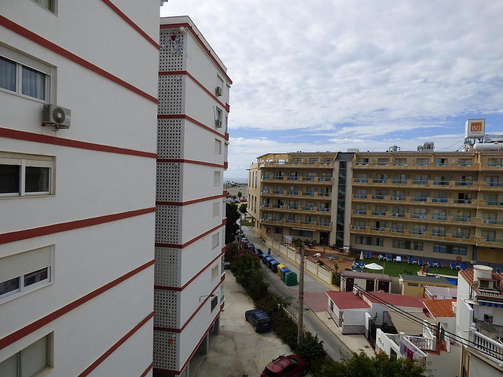 Piso en alquiler en paseo Marítimo de Poniente, Torre del mar - 217408010