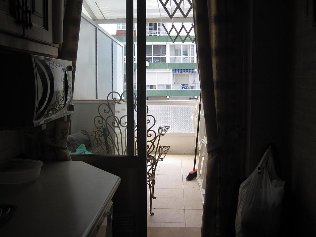 Piso en alquiler en calle Antonio Toré Toré, Torre del mar - 238758012