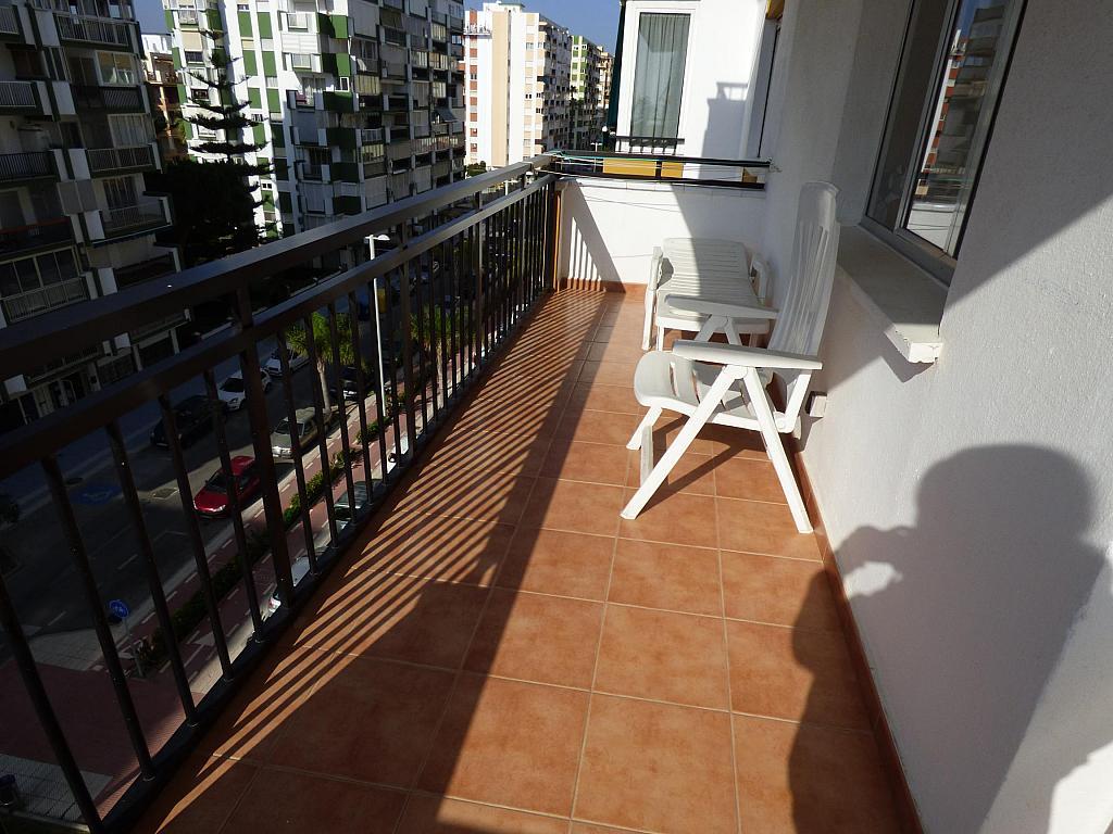 Piso en alquiler en calle Toré Toré, Torre del mar - 239791937