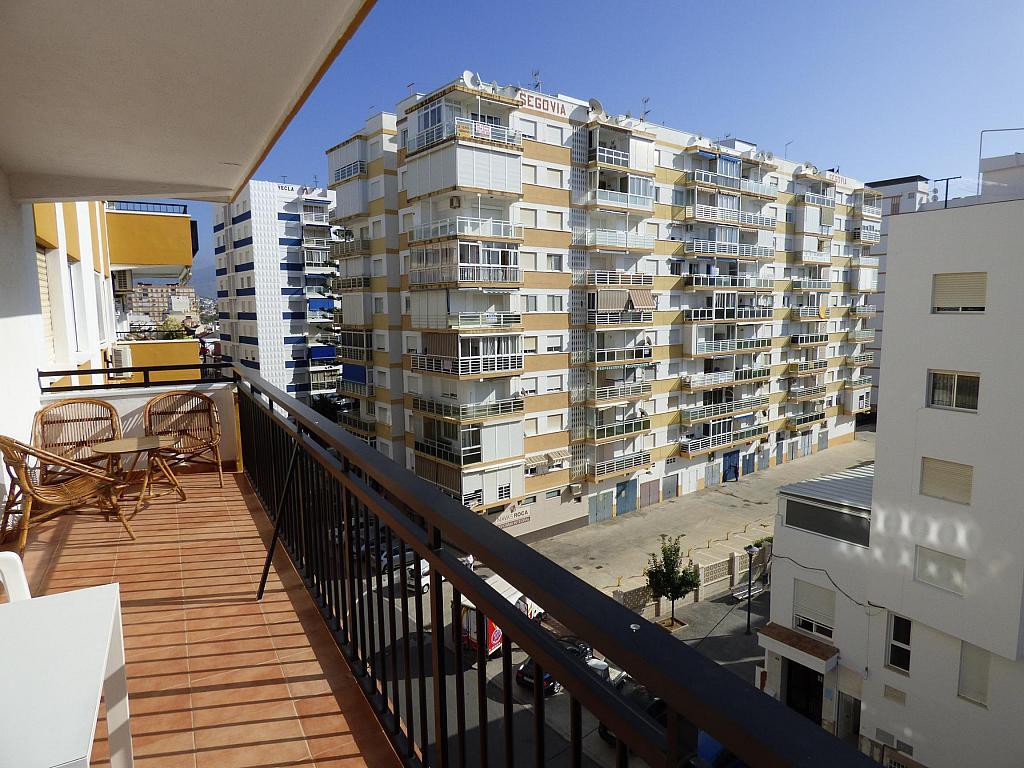 Piso en alquiler en calle Toré Toré, Torre del mar - 239791957