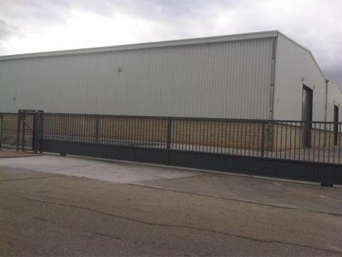 Fachada - Nave industrial en alquiler en calle De Milán, Azuqueca de Henares - 31830882