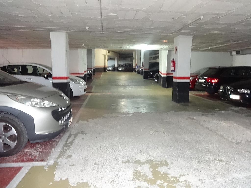 Parking en alquiler en calle Carrasco y Formiguera, Santa Eulàlia en Hospitalet de Llobregat, L´ - 268607794