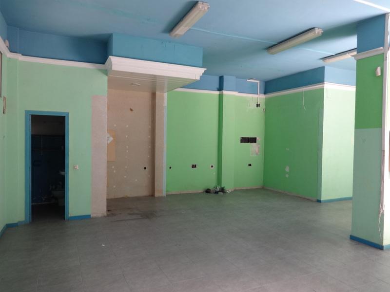 Local en alquiler en calle Joncs, Santa Eulàlia en Hospitalet de Llobregat, L´ - 123167176