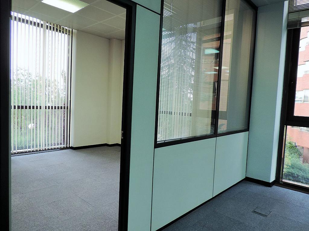 Oficina en alquiler en calle De Caleruega, Costillares en Madrid - 341277032