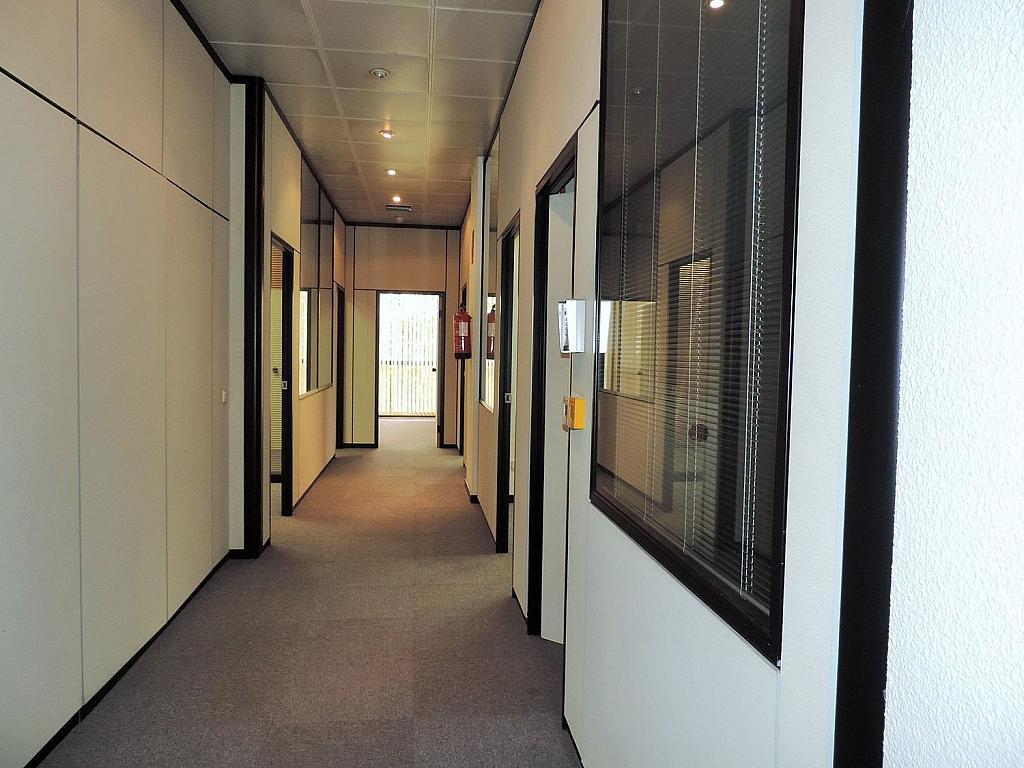 Oficina en alquiler en calle De Caleruega, Costillares en Madrid - 341277044