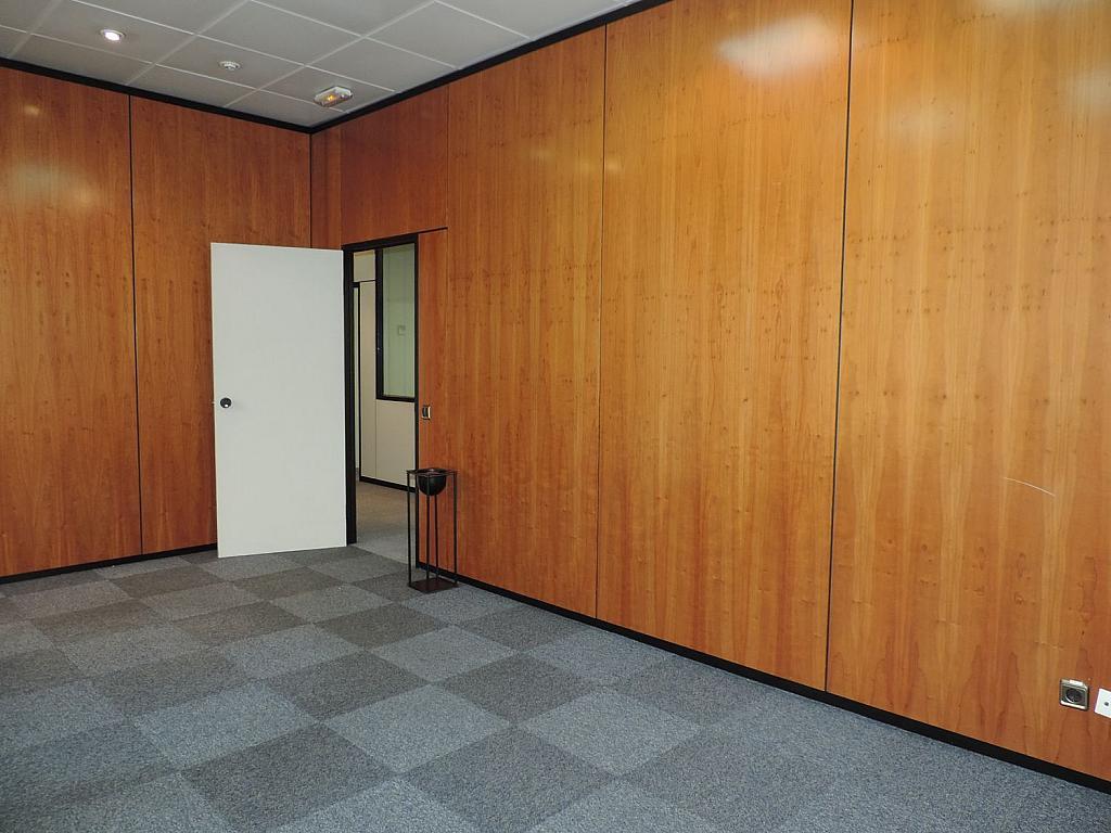 Oficina en alquiler en calle De Caleruega, Costillares en Madrid - 341277062