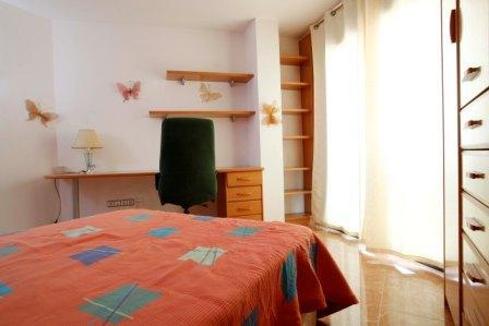 Dormitorio - Piso en alquiler en calle Pobla de Claramunt, Igualada - 70242333