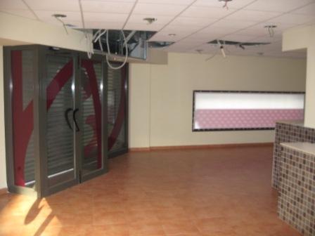 Local comercial en alquiler en calle Andorra, Poble Sec en Igualada - 111293178